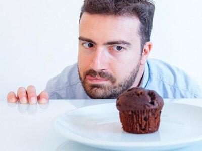 Bateu a vontade de comer doce? Nutricionistas contam o que fazer