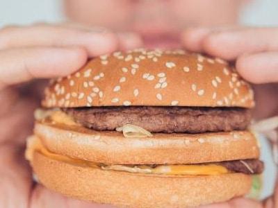 Quanto mais gordura você come, maior é a vontade por esses alimentos depois