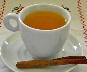 Receita de Chá de Maçã e Canela
